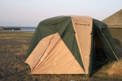ドーム型テント.jpg