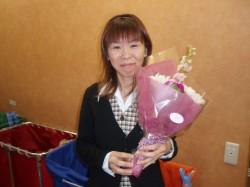 スタッフにお誕生日の花束