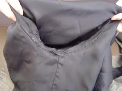 ジャケットの破れがリフォームでこんなにキレイに!