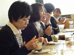 2012.5.10営業部コンパ4.jpg