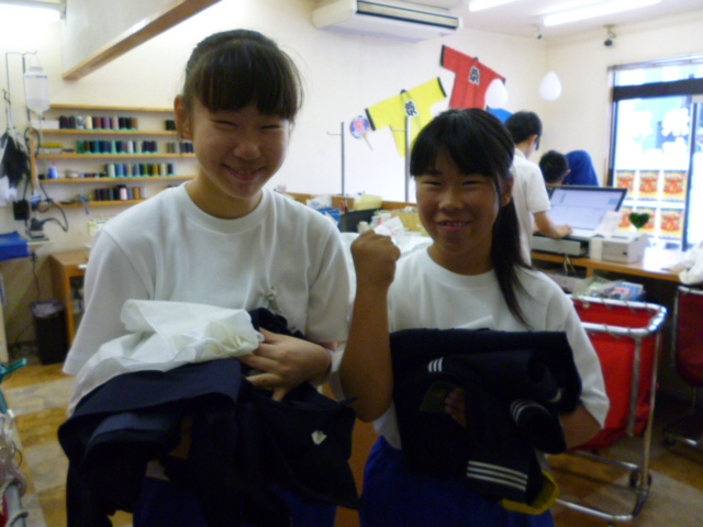 corporate culture local news volunteer news  職場体験@ヨンマルサン♪♪ 中学生の2人がきてくれました %tag