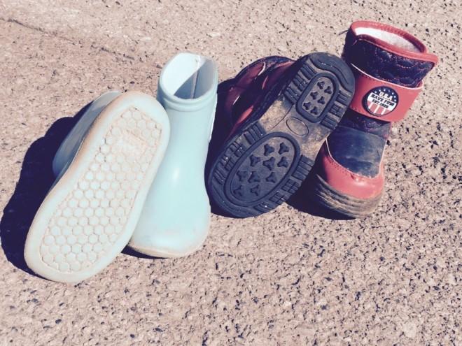 cleaning  子供の靴を綺麗に洗う方法お教えしますね。 %tag